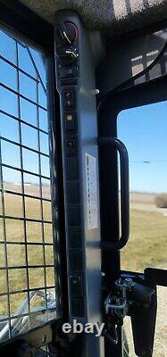 NICE 2012 New Holland L220 Skid Steer Loader AC 2 Speed