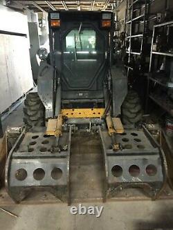 New Holland L185 diesel skid steer
