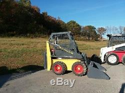 New Holland L255 Mini Skid Steer Loader With Bucket