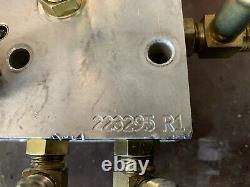 USED solenoid brake valve 2 speed fits New Holland skid steer, OEM 223295R1